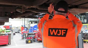 Truck & Bus Personnel